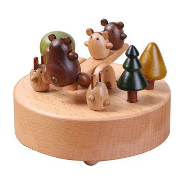 小熊跷跷板八音盒